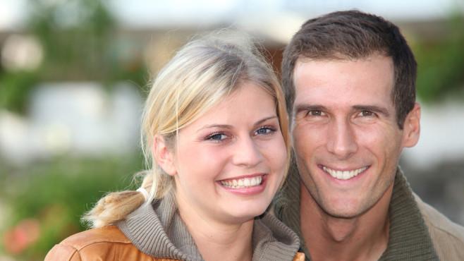 Glückliches Paar©goodluz - Fotolia.com