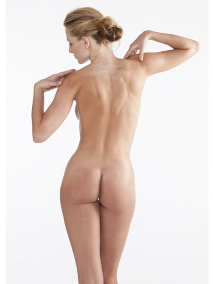 nacktbilder posen
