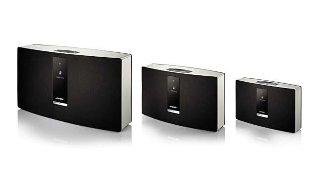 Praxis-Test: Bose SoundTouch bringt Musik in jeden Raum Bose bietet die SoundTouch WLAN-Lautsprecher in drei Größen an: Der SoundTouch 30 ist 43 Zentimeter breit und klingt sehr dynamisch und druckvoll. Der SoundTouch 20 eignet sich gut zum Nebenbeihören, der SoundTouch 10 hat einen Akku eingebaut.©Bose