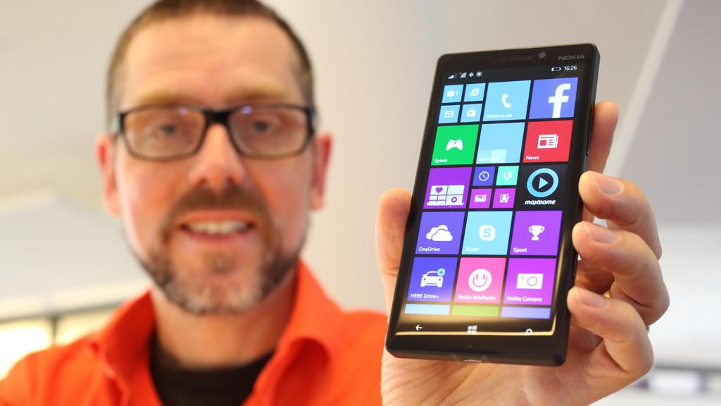 Nokia Lumia 930 im Test: Microsoft neues Topmodell attackiert Galaxy S5 Das AMOLED-Display des Lumia 930 ist knackig scharf und bietet kräftige Farben.©COMPUTER BILD