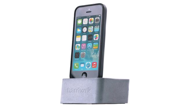 hardwrk Massive Dock für Apple iPhone 5 ©hardwrk