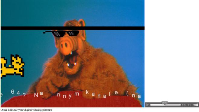 Digitale Zeitreise: So sahen Top-Webseiten früher aus – Google, MSN, Yahoo & Co. Der Außerirdische Alf mit Sonnenbrille, dazu wild tanzende Buchstaben, flackernde Striche und eine gelbe, durch die Luft gleitend Katze: Reizüberflutung ist garantiert. Wollen Sie den Spaß samt nerviger Musik erleben, klicken Sie auf folgenden Link, der URL und IP-Adresse zugleich ist: . Diese Adresse kann (und will sich wohl) niemand merken.©http://83.136.248.153
