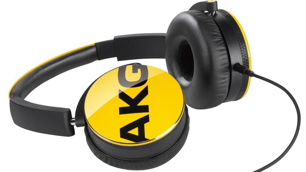 h rtest on ear kopfh rer akg y 50 audio video foto bild. Black Bedroom Furniture Sets. Home Design Ideas