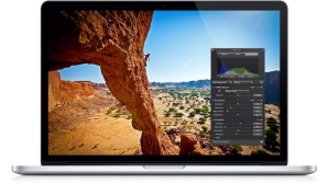 MacBook mit Aperture©Apple