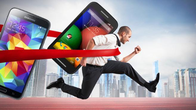 Top-Geräte für wenig Geld: Welche Smartphones sind Preis-Leistungs-Hits? ©Samsung, Motorola, alphaspirit - Fotolia.com