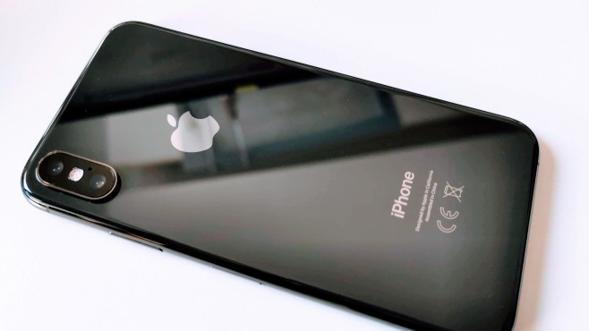 Apple iPhone XS ©COMPUTER BILD / Michael Huch