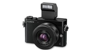 Panasonic Lumix GM5 mit Blitz©Panasonic