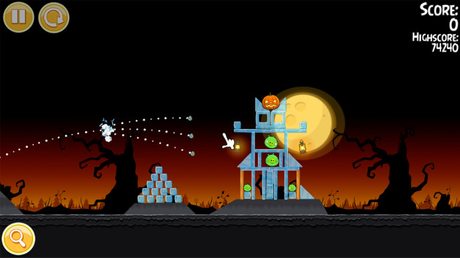 Angry Birds Seasons: Vogel-Schussaction zu Halloween © COMPUTER BILD