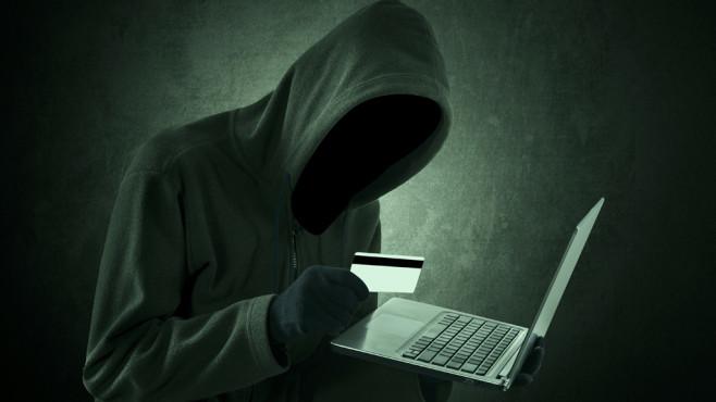 Cybercrime Schaeden©Creativa - Fotolia.com