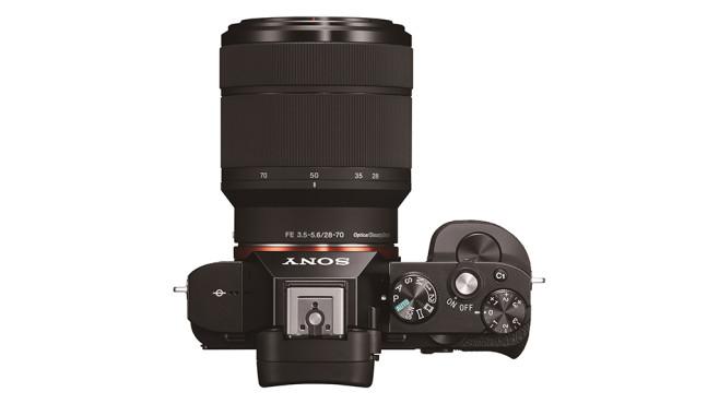 Sony Alpha 7 von oben mit Zoom©Sony