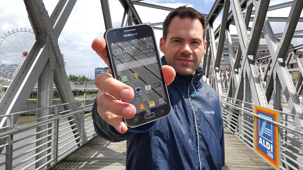 Samsung Galaxy J1 (SM-J100)©COMPUTER BILD