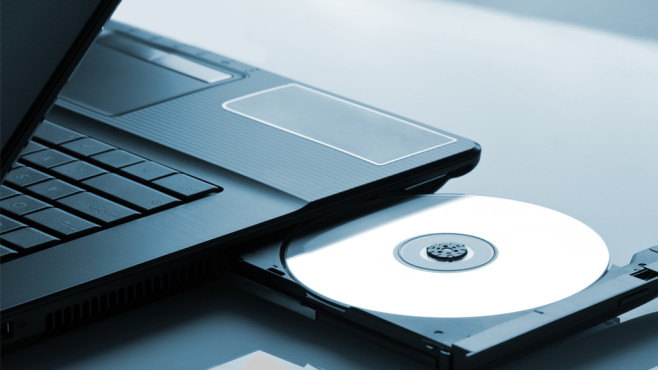 Windows 7/8: Kontextmenü-Einträge von ISO-Dateien wiederherstellen Das artgerechte Brennen von ISO-Inhalten klappt nicht mehr? Ein paar Mausklicks helfen.©Fotolia--Nomad_Soul-Laptop optical drive