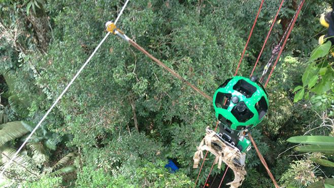 Google Street View Trekker über dem Regenwald©Google
