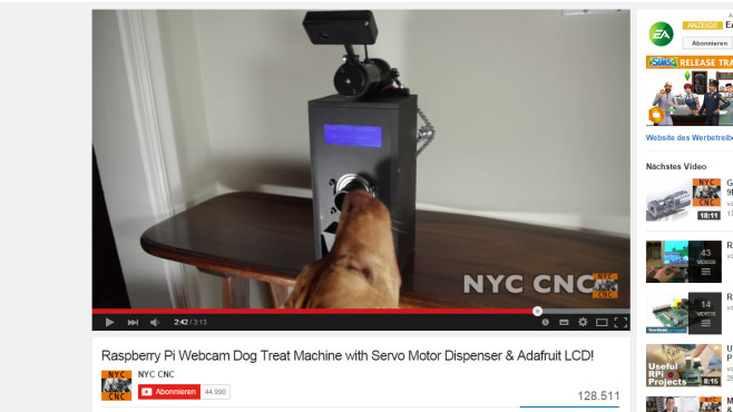 Judd Treat Machine: Raspberry Pi als Futterspender © NYC CNC via YouTube – Screenshot