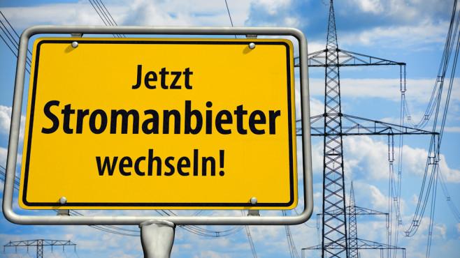 Stromanbieter wechseln und Geld sparen©bluedesign – Fotolia.com
