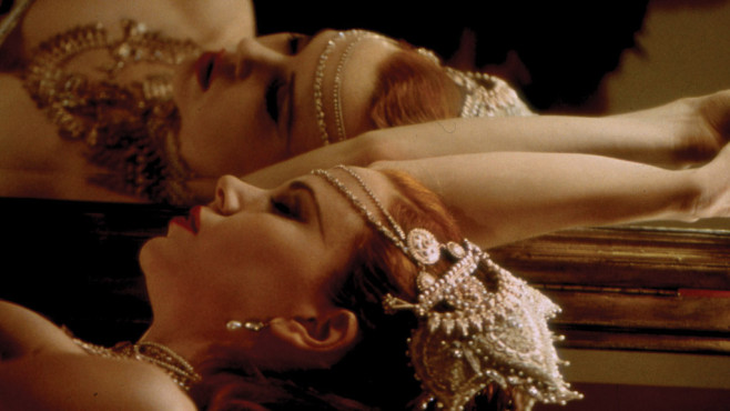 Moulin Rouge © 2001 Twentieth Century Fox Home Entertainment, Inc. All Rights Reserved.