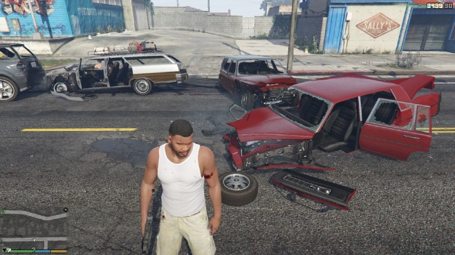 GTA 5: Better Deformation and more durable Cars © gta5-mods.com by Corinarh
