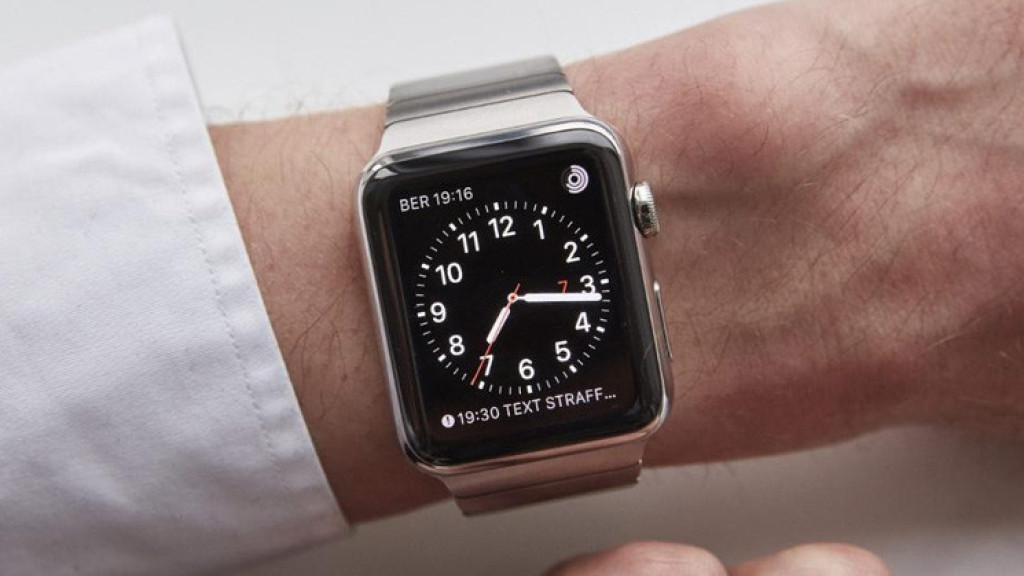 apple watch sorgt f r haut irritationen computer bild. Black Bedroom Furniture Sets. Home Design Ideas