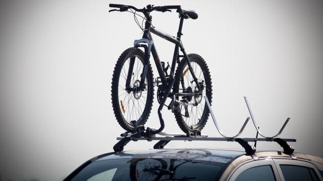Allianz warnt: Pedelecs zu schwer für Fahrradträger Allianz warnt: Normale Fahrradträger eignen sich nicht für schwere Pedelecs.©goldencow_images/gettyimages