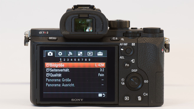 Sony Alpha 7R II Rückseite©COMPUTER BILD
