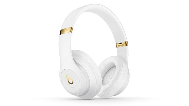 Beats-Kopfhörer: Test und die besten Alternativen Farbenfroh: Den Beats Studio 2.0 gibt es in zahlreichen Farbvarianten – vom knalligen Rot bis zum schlichten Schwarz.©Beats