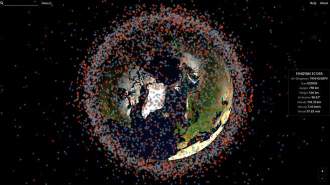 Karte Erde Weltraum-Schrott©Stuffin Space