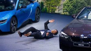 BMW-Chef Ralf Kr�ger bricht zusammen©YouTube