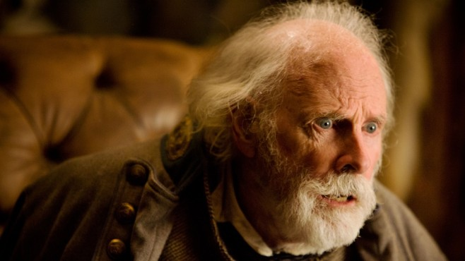 Szene aus The Hateful Eight: Bruce Dern © Universum Film GmbH