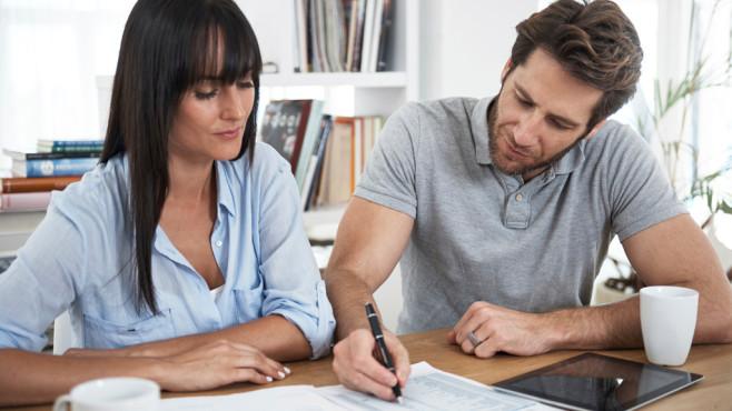 Steuern sparen 2019/2020: Tipps & Tricks©testiStock_shapecharge