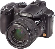 Panasonic Lumix DMC-FZ50 Sogenannte Bridgekameras wie die Lumix FZ50 machen den digitalen Spiegelreflexkameras Konkurrenz.