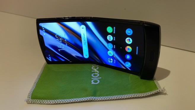 Motorola Razr (2019): OLED-Display©COMPUTER BILD