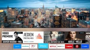 Mit Ultra-HD und HDR: Samsungs TV-Modellreihe KS8090 Die neue Benutzer-Oberfläche des Samsung KS8090 erlaubt den schnellen Wechsel zwischen TV-Programmen, Streaming-Diensten und anderen Quellen.©Samsung