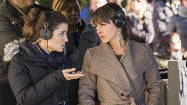 UnREAL: Rachel (Shiri Appleby) und Quinn (Constance Zimmer) © Lifetime/James Dittiger