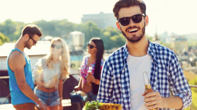 CEWE-Fotostation für Ihre Party gewinnen ©iStock