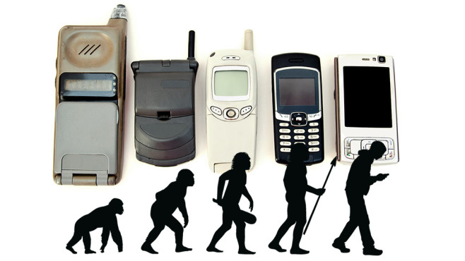 Smartphone Geschichte©iStock.com/EduLeite, iStock.com/d-l-b