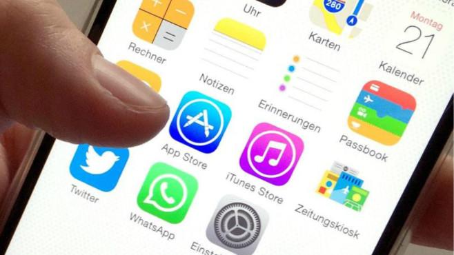 App-Store auf dem iPhone©Alex Heinl (dpa)