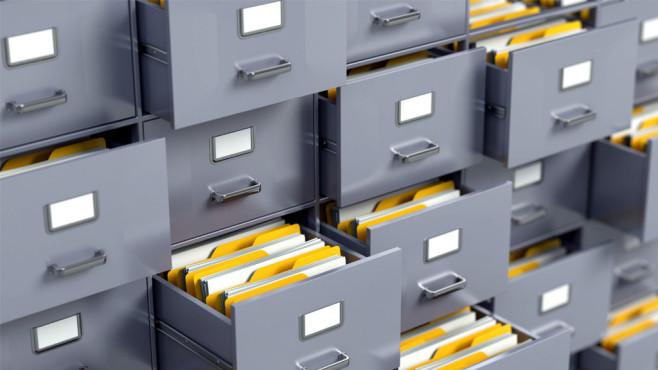 Junctions als SSD-Schoner ©Fotolia--Sashkin-File cabinet