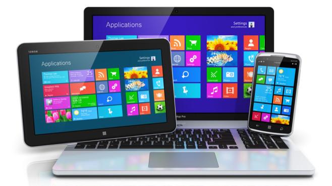 Schnellstart bei Windows 8/10 verwenden ©Fotolia--Scanrail-Mobile devices with touchscreen interface Datei: #74314740 _ Urheber: Scanrail