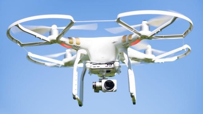 Drohne in Großaufnahme©Robert Machado Noa/gettyimages