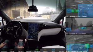 Tesla: Autopilot©Tesla