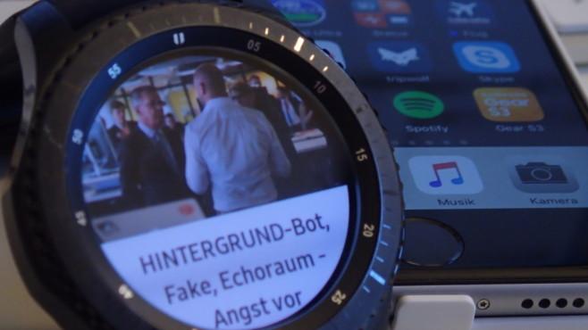 Samsung Gear S3 und iPhone©COMPUTER BILD