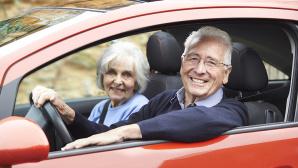 Kfz-Versicherung mit Seniorenzuschlag©highwaystarz � Fotolia.com