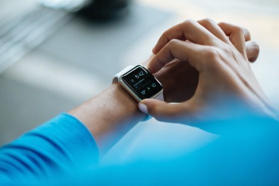Smartwatches übermitteln viele Daten©Unsplash / Pexels