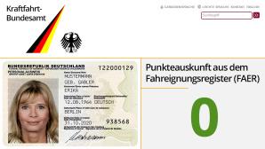 Autos im Rückspiegel©Kraftfahrt-Bundesamt, Bundesrepublik Deutschland