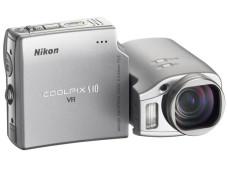 "Nikons ""Coolpix S10"""