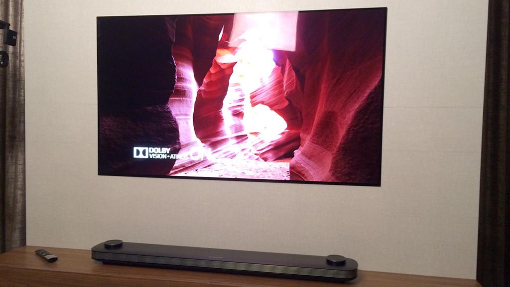 LG OLED W7: Test Des 3 Millimeter Dünnen OLED TVs