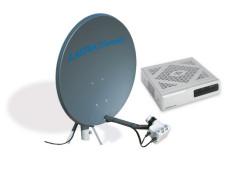 """Astra 2 Connect Die """"Astra to Connect-Anlage"""" besteht aus Satelliten-Schüssel und Modem."""