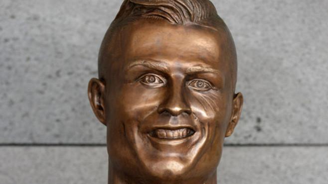 Ronaldo-Büste©dpa Bildfunk