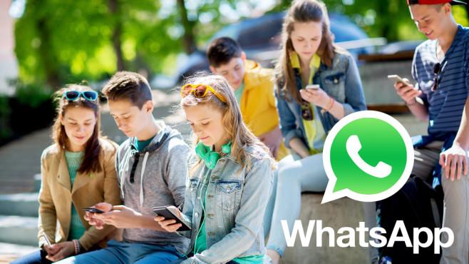 WhatsApp in Schulen©Fotolia - Syda Productions, WhatsApp