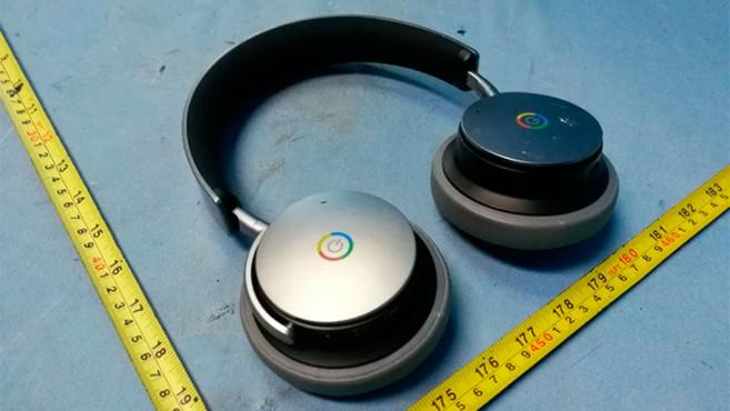 Drahtloser Kopfhörer mit Google-Logo.©www.androidpolice.com